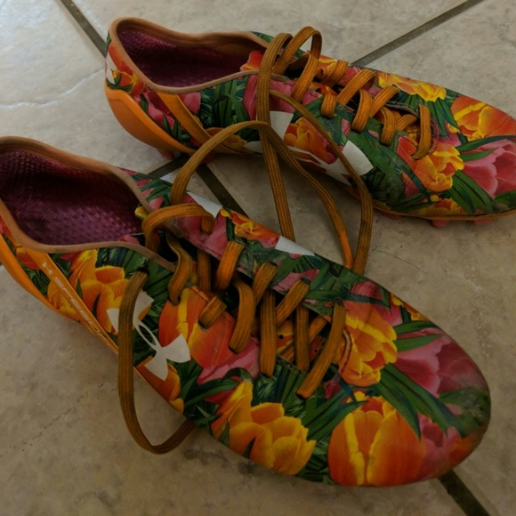 Limited Edition Under Armour Floral Cleats Under Armour Floral Cleats Shoes